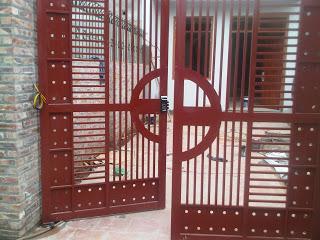 Lắp đặt khóa vân tay cho cửa cổng