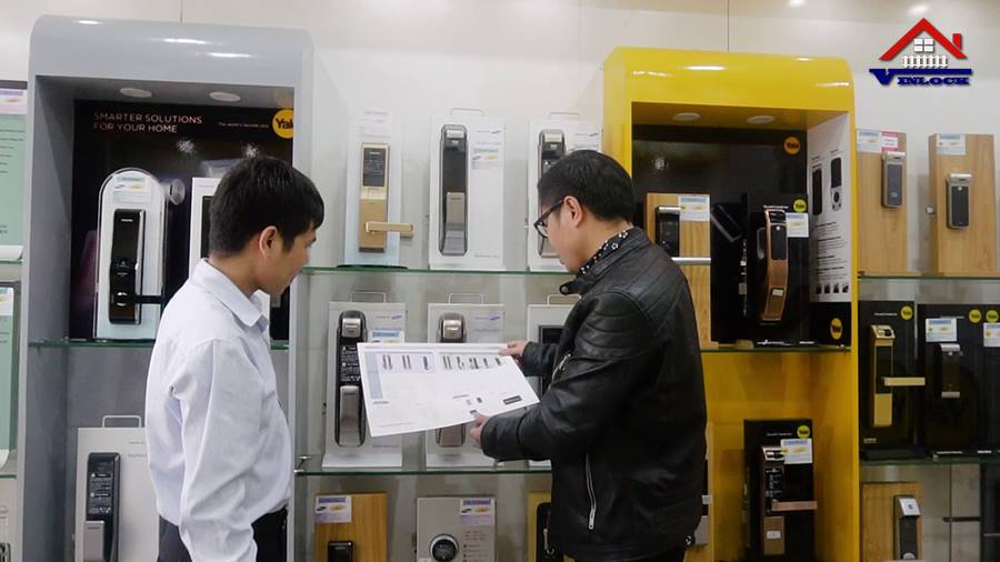 showroom khóa điện tử