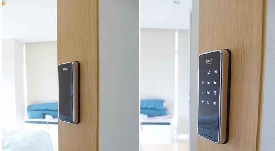 khóa cửa điện tử ntouch4