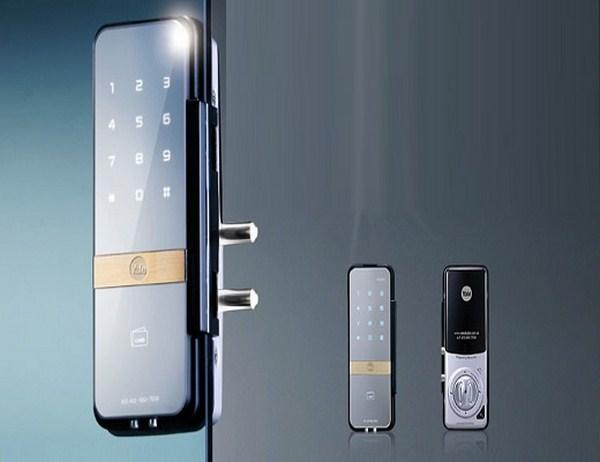 khóa điện tử cửa kính
